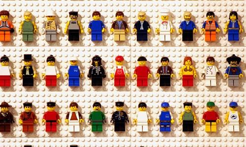 Jocurile Lego Un Spectacol Al Creativitatii Articole Noiro