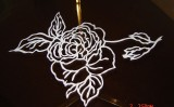 Art Tiffany executa blaturi de masa din sticla!