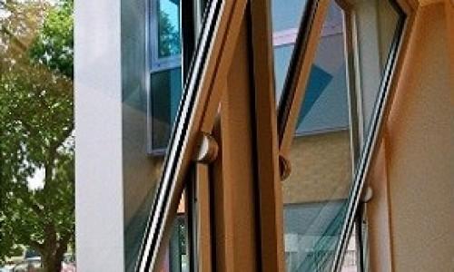 Te preocupa rezistenta si aspectul ferestrelor si usilor? Alege tamplarie aluminiu!