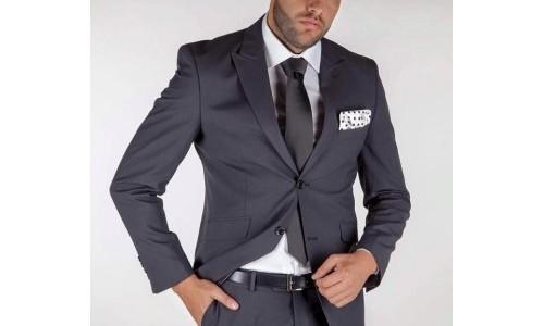 Costume barbatesti de calitate la preturi care te dau pe spate, numai la Ricardo Montesi