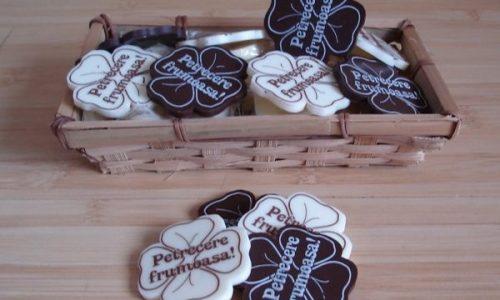 Surprinde-ti invitatii cu marturii nunta personalizate de la Chocogift!