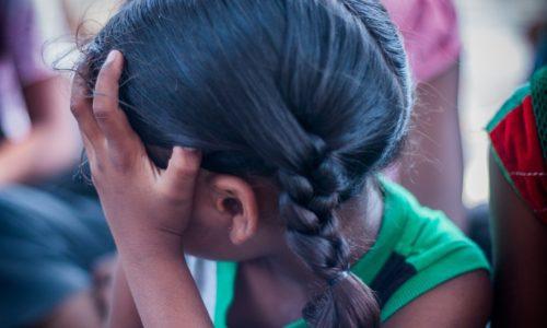 Un bărbat este acuzat pentru viol, după ce a luat un copil de acasă