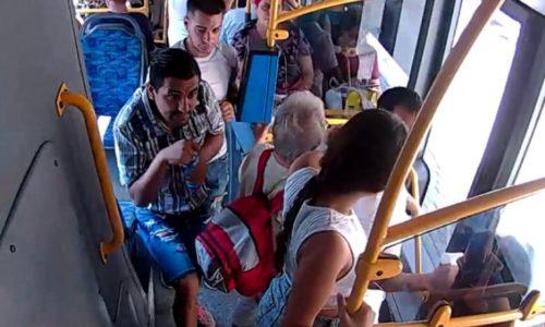 Un șofer de autobuz din Cluj a fost remunerat cu 500 de lei după ce a chemat poliția