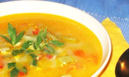 Supa de dovlecel preparată acum 100 de ani de români. Încearcă și tu